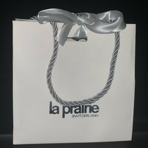 La prairie gift bag new with bow